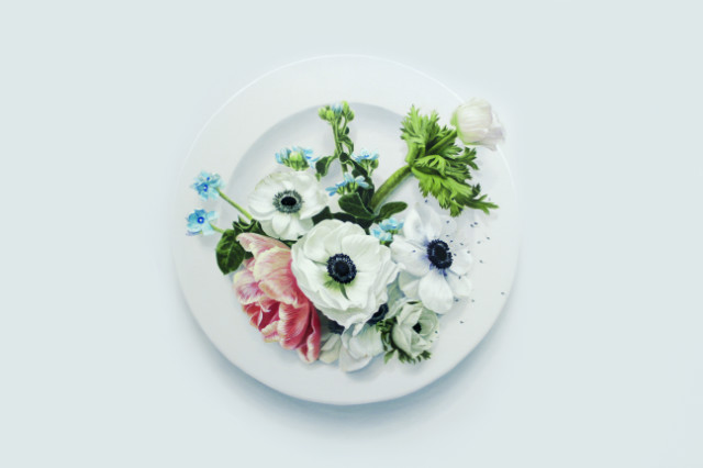 Eating Flower_150x150cm_oil on canvas_2018_윤영혜_아네모네.jpg